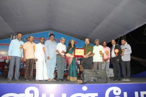 Receiving the RK Narayan award at the Chennai Book Fair 2019